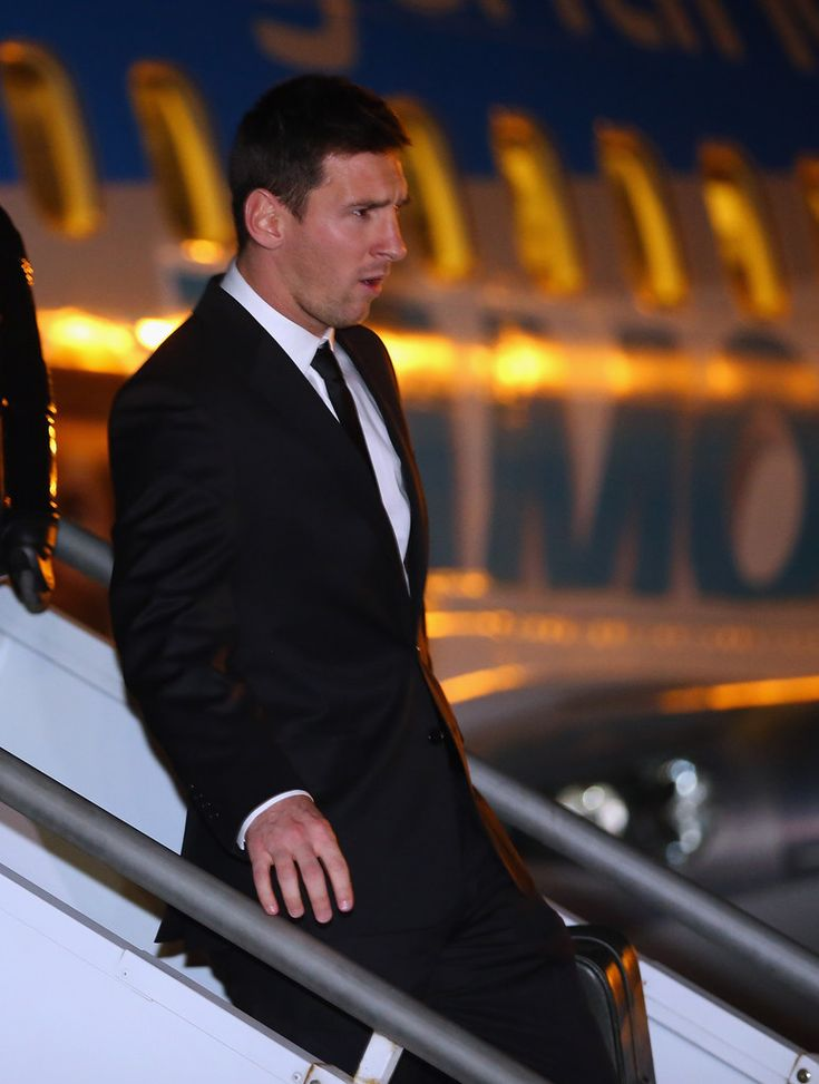 Lionel Messi Photos: The Argentina Team Arrives in Belo Horizonte. So handsome with suit
