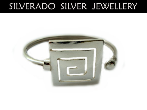 Ancient Greek Eternity Square Key Meandros by SilveradoJewellery, €80.00