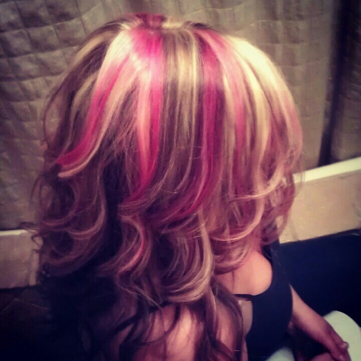 Best 25+ Color streaks ideas on Pinterest | Colored hair ...