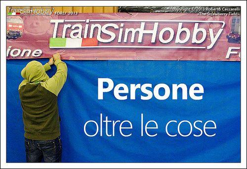 persone_oltre_le_cose #tshforli2013 mi pare di averlo già sentito questo slogan