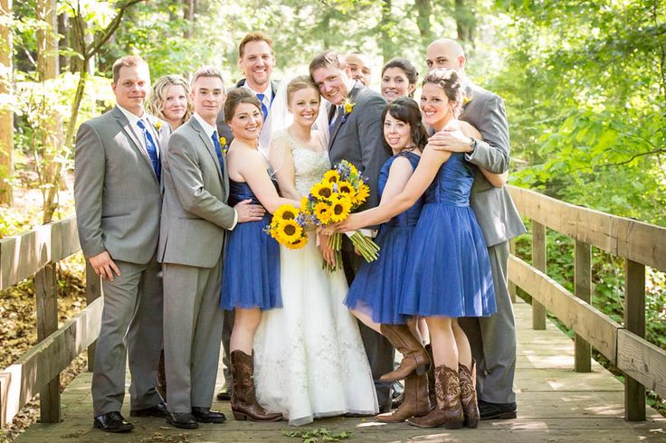 wedding photography bridal party in royal blue and gray bridal party photos pinterest. Black Bedroom Furniture Sets. Home Design Ideas