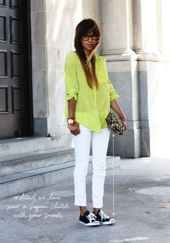 Neon White and Sequin - loved the shoes ;)Blouses, White Skinny, Fashion, Convers Style, Skinny Jeans, Outfit, White Pants, Sneakers, White Jeans