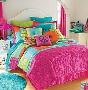 New Seventeen Kissaree Twin Comforter Set Plus Matching Accent Pillow Teen Girl