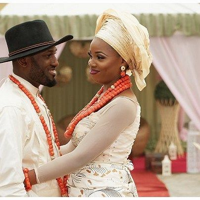 Rukky & Ik #lovely #traditional #weddings in #lagos #fun #lagosweddingphotographer #eikonworld #asoebibella #asoebi #bride #love