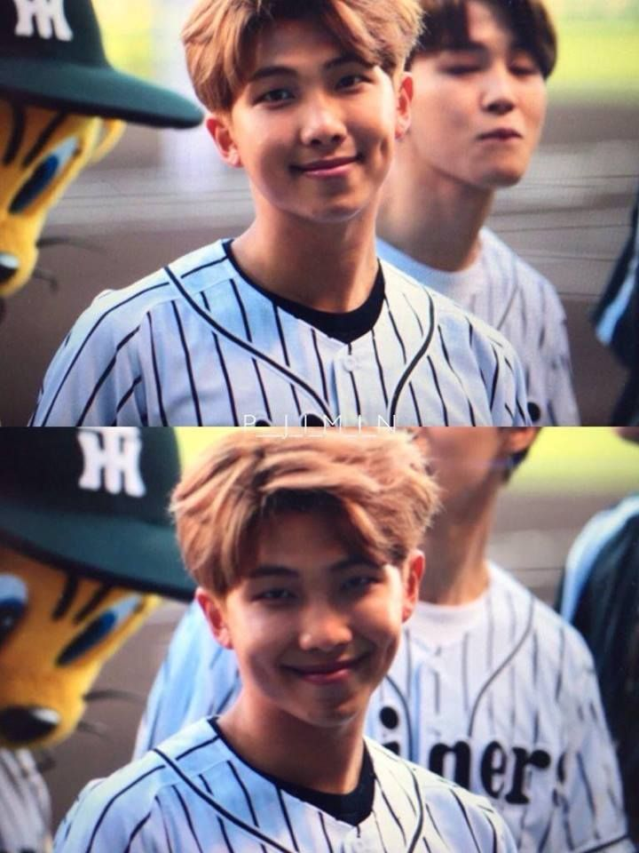 Rap Monster no jogo de baseball Hanshin Tigers vs Nippon Ham Fighters [020617]