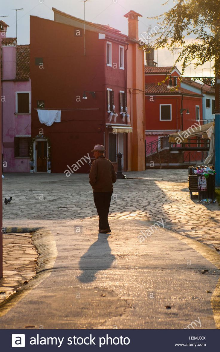 An old citizen walks in Burano early in the morning. #lifestyle #burano