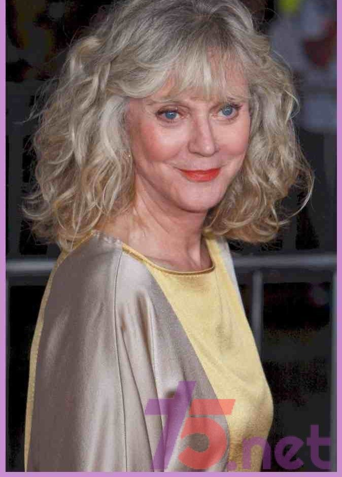 T75 Blog Blythe Danner Blythe Celebrity Hairstyles