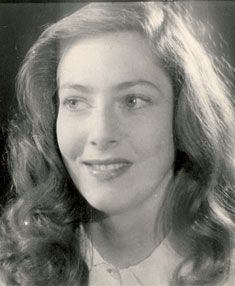 Ellen Vogel (January 26, 1922 - August 5, 2015) Dutch actress.