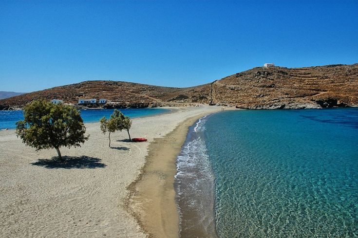 We are thrilled to introduce a new island to our portfolio of  destinations with lovely villas – and Kythnos is a particularly low-key and charming island, with very few villas and not much to do. Just what we like.  In fact, the glamorous... -- Click through to read the rest of our Blog post! -- #FiveStarGreece #LuxuryVillas #HolidayMatchmakers