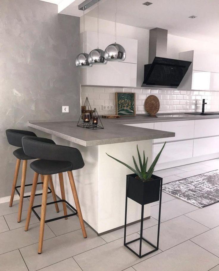 Küchen weiß mit grauem Hasch