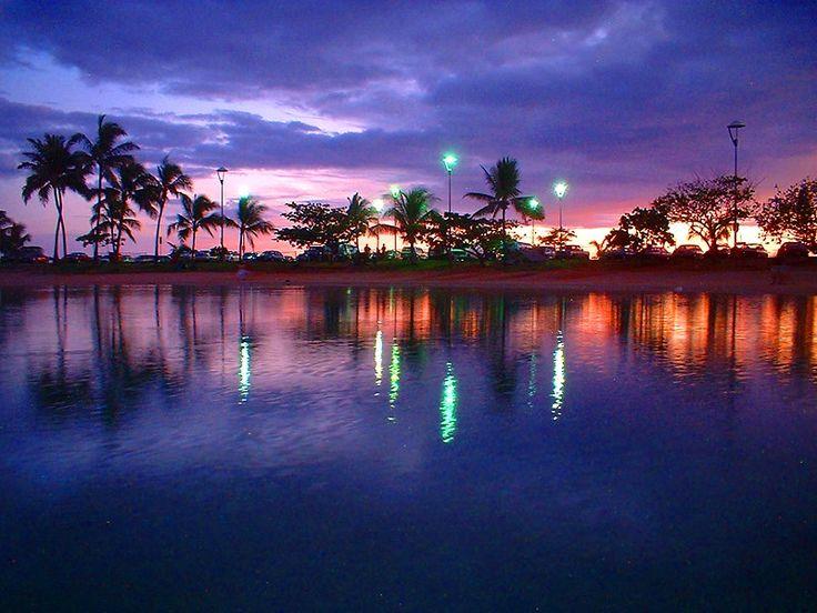 want to take a stroll tonight: Interesting Places, Lakeshore, Sunsets Hawaii, Lagoon Sunsets, Beautiful Hawaii, Waikiki Sunsets Nothings, My Buckets Lists, Photo, Waikiki Hawaii