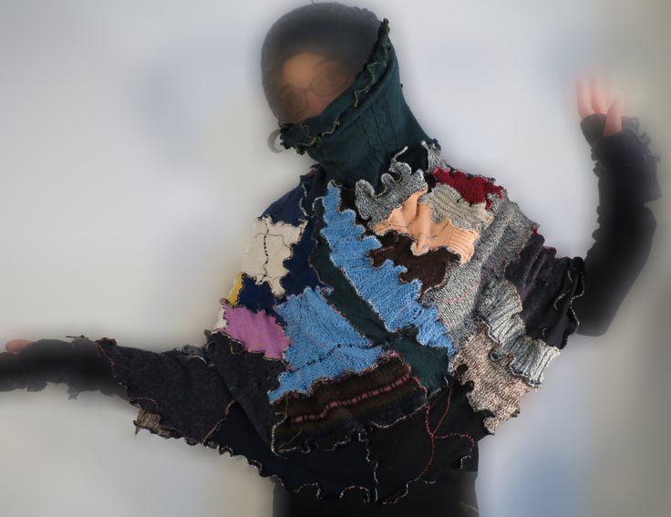 mantellina putchwork,scialle upcycled,copri spalle boho,abbigliamento funky,gonna lunga,gonna lana riciclata,gonna funky style,taglia 38/44 di decorandom su Etsy