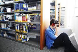 bibliotheque universitaire st quentin en yvelines