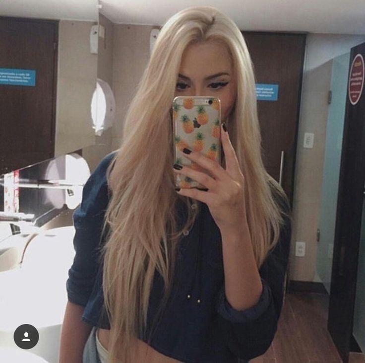 Beautiful hair color!