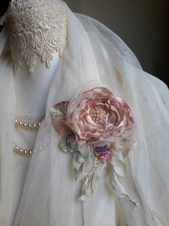 Silk rose broche haartoebehoren moeder van de bruid shabby