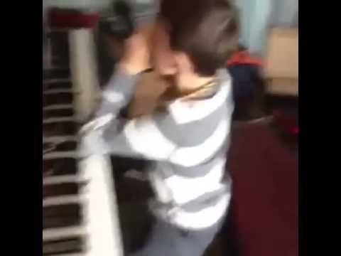Baby Got Back - Sir Mix Alot - 10 Year Old Christian Lalama