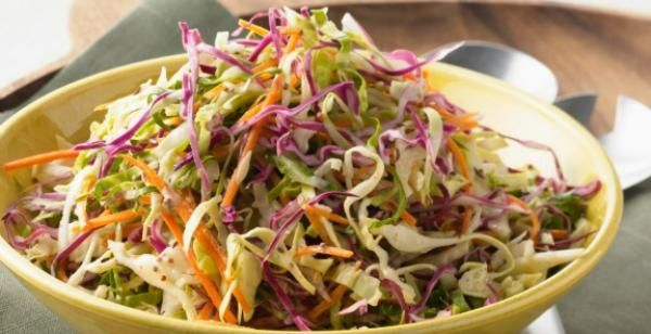 How to Make an Easy Coleslaw Recipe   KitchenDaily.com