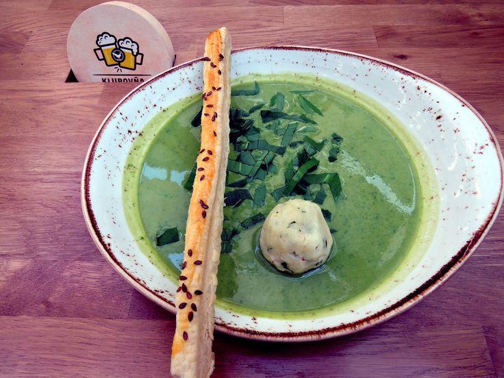Wild garlic soup with semolina-and-smoked-sheep-cheese dumpling and flax bar.