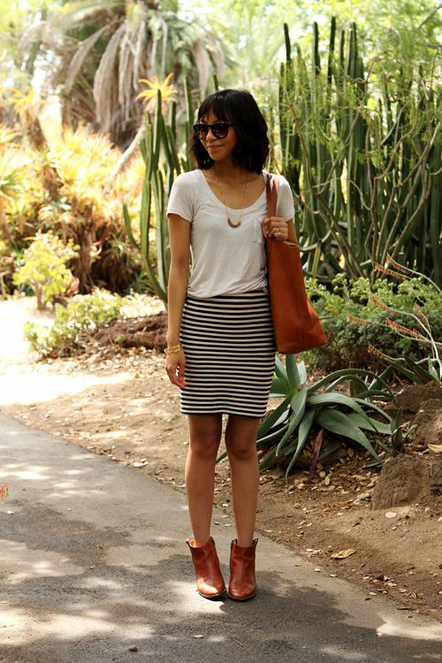 Kristine Or Polly: A tee and a knit pencil skirt