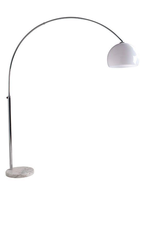 Lampada ad Arco da terra Big Bow White.  Lampada ad arco base in marmo, un classico del design adatto ad ogni ambiente.
