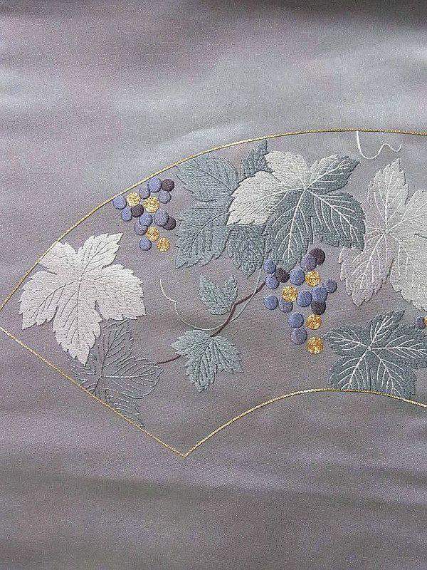 Embroidered obi - fan   by Nejiribana