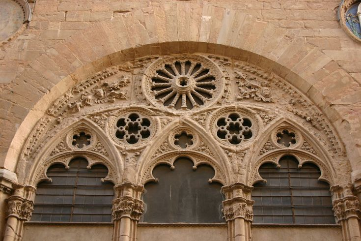 Orsanmichele Church and Museum - Florence. Узоры на западной стороне. Флорентийская Gothic.
