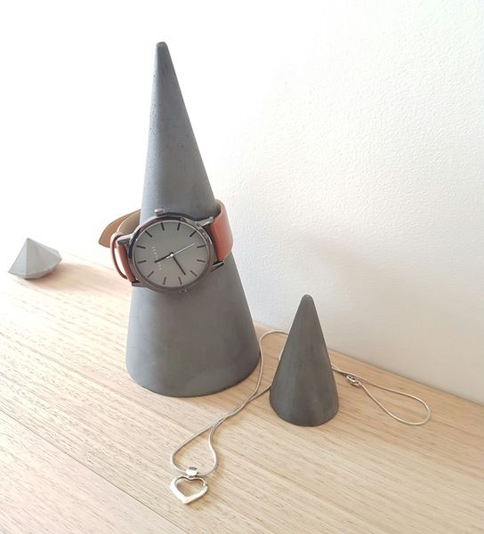 Image of Jewellery Cones - Black