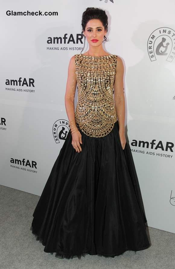 Nargis Fakhri in Abu-Jani Sandeep Khosla Gold Gown at amfAR India 2013
