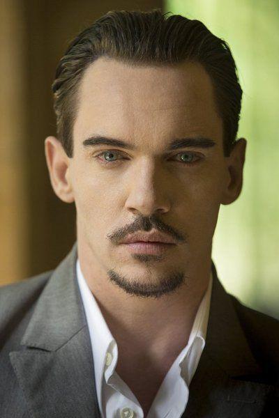 Still of Jonathan Rhys Meyers in Dracula (2013)