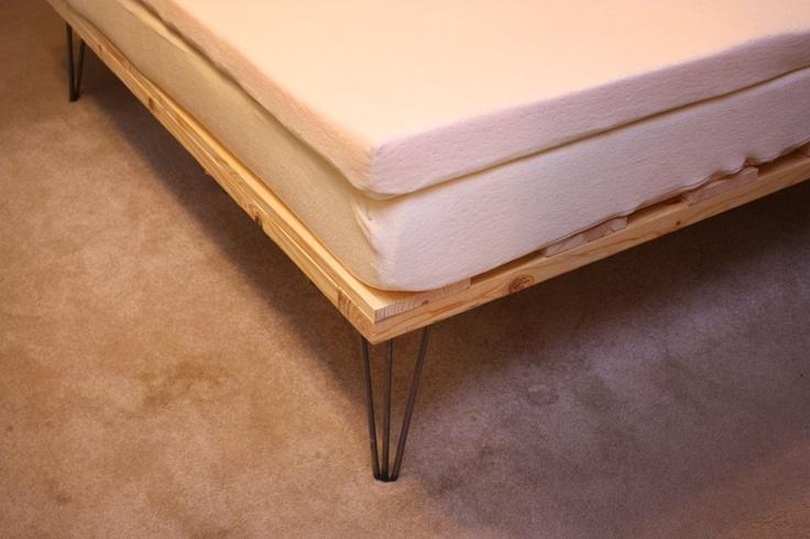 My So- Called Handmade Life: Cheap DIY Memory Foam Platform Bed