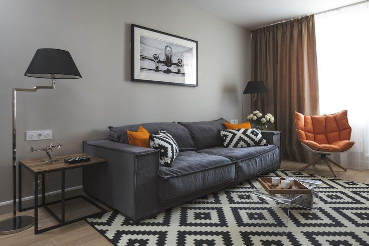 Дизайн однокомнатной квартиры: Уютная гостиная в стиле минимализм. Наша переделка в Квартирном Вопросе на телеканале НТВ