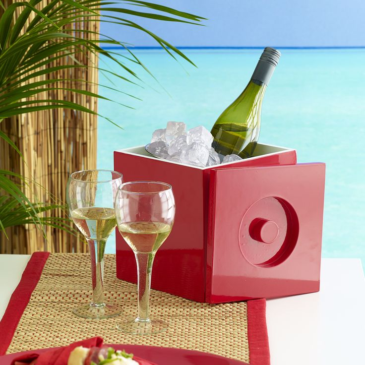 Perfect picnic! Jackson wine cooler with metal insert red $89.95 teamed with Madris wine glass s/4 $39.95 and Avoca table runner red $29.95 - shop the look here http://www.oasishomewares.com/host-a-party/book-an-Oasis-party.html
