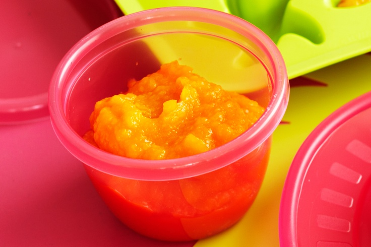 Pumpkin and apple puree (age 6-8 months) #toddler #baby http://www.taste.com.au/recipes/28160/pumpkin+and+apple+puree+age+6+8+months