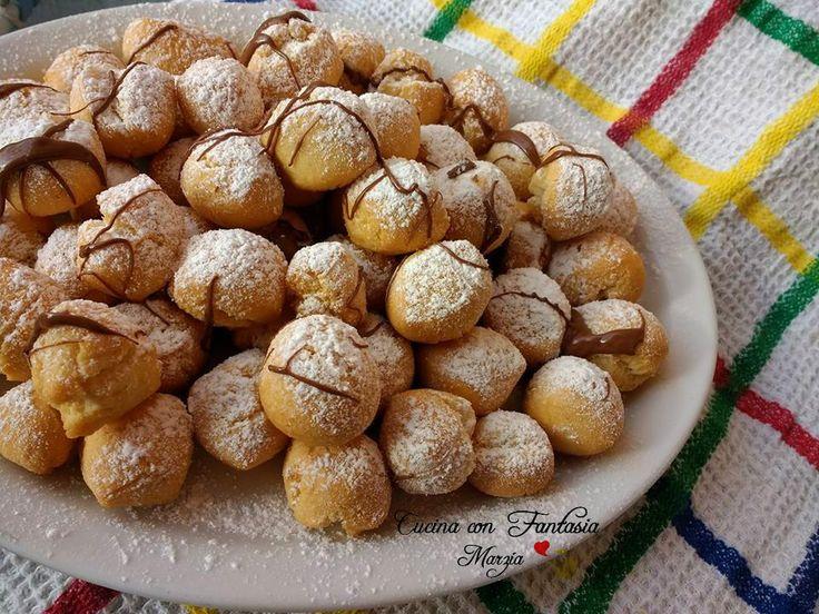 Castagnole di carnevale, al forno, friabili palline, aromatizzate all'anice, per festeggiare il carnevale in leggerezza e bontà