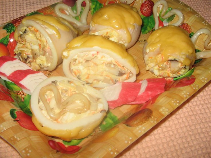 Кальмары фаршированные сыром в кляре