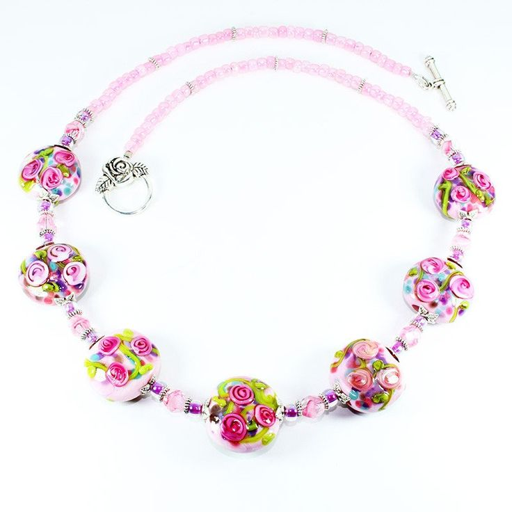 Rose Flower Murano Glass Beaded Necklace that represents the essence of the Rose Flower. Hand crafted using centuries old Murano glass lampwork techniques.  Length:50cm  Every piece is unique and may differ slightly from the image displayed.