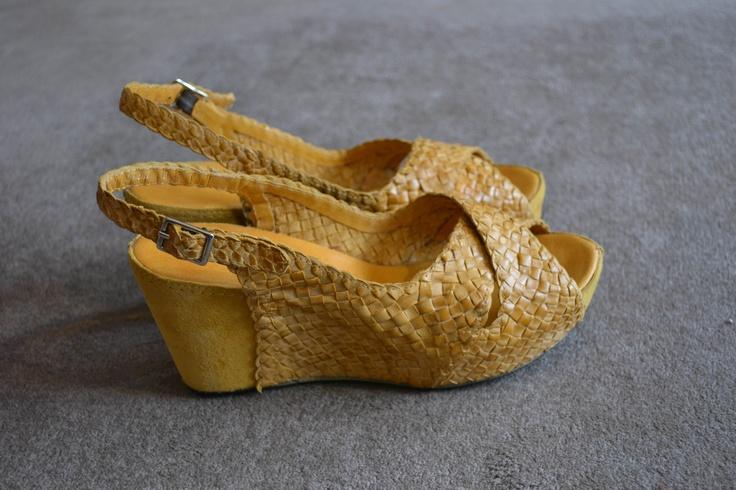 http://boutiquecarlo.es/shop/450-pons-quintana-8932001/