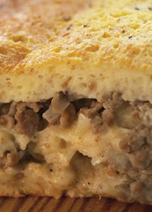 Lasanha de pão com carne e cogumelos