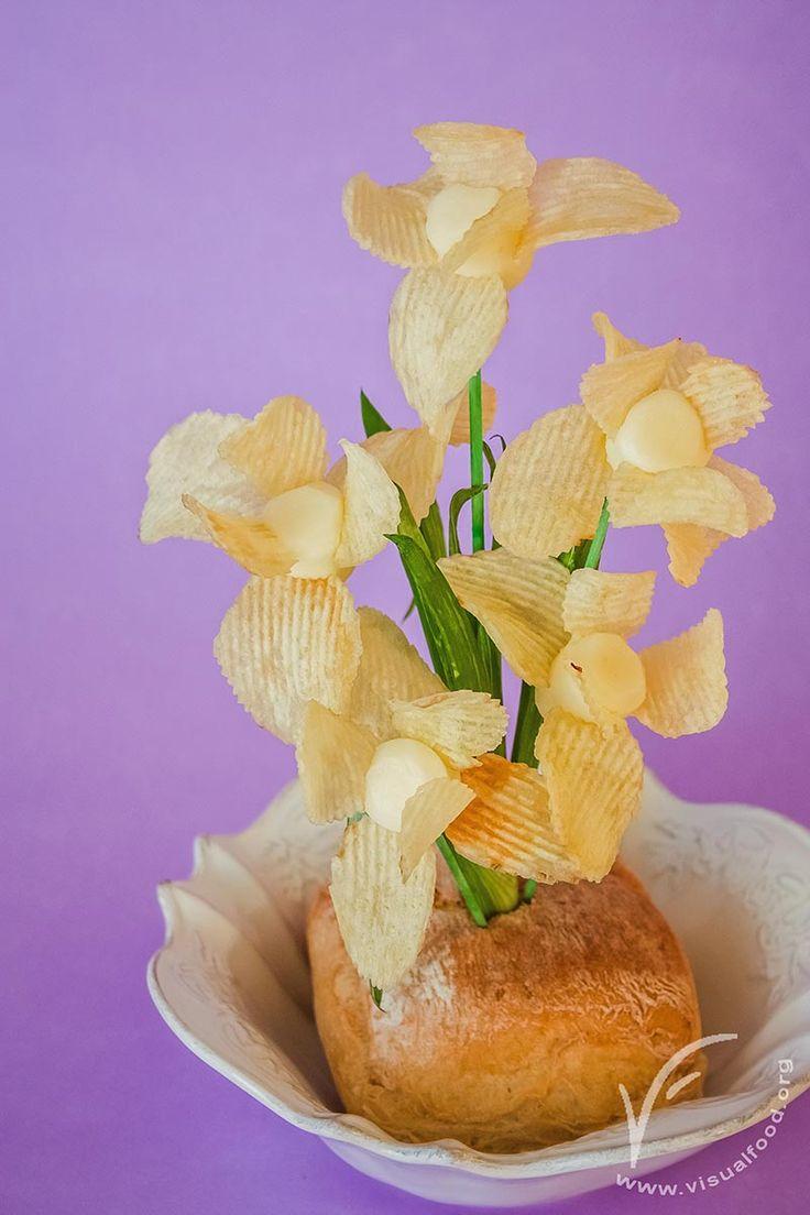 """Chips orchids. Foto tutorial in the book """"Visualfood. Creare, stupire, gustare""""."""