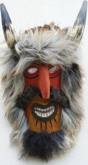 Ansamblu de marionete in costum national romanesc