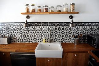 Rénovation Echoppe Bordeaux Architecte intérieur http://www.bo-m.fr/#!echoppe-bordelaise/cmi2 j'aime beaucoup les carellages