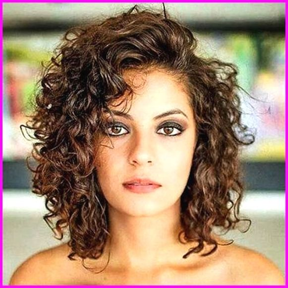 Best Short Haircuts For Curly Hair Round Face 2019