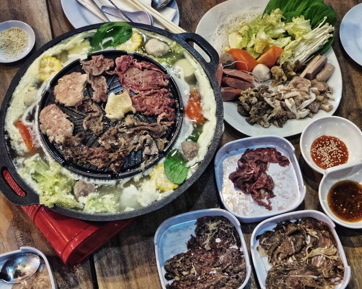 #Bali. Delicious big portion & affordable Thai BBQ Steamboat at @MookataBali that you should try