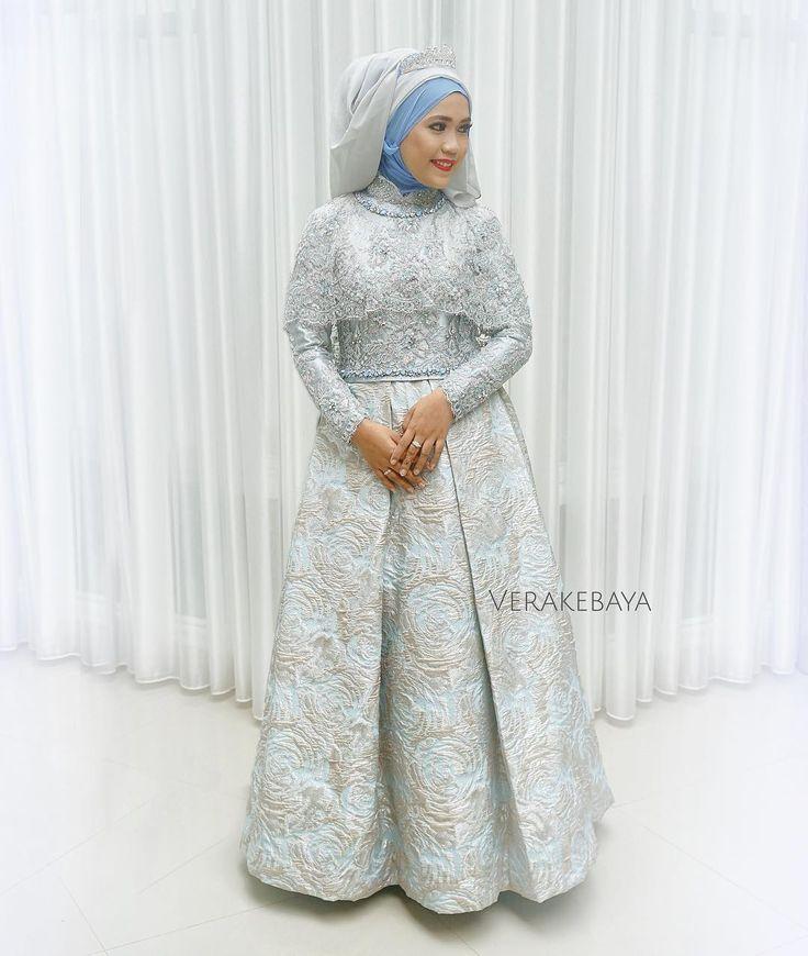 "3,350 Likes, 92 Comments - Vera Anggraini (@verakebaya) on Instagram: ""Fitting  #kebaya #akadnikah #batik #bride #weddingdress"""