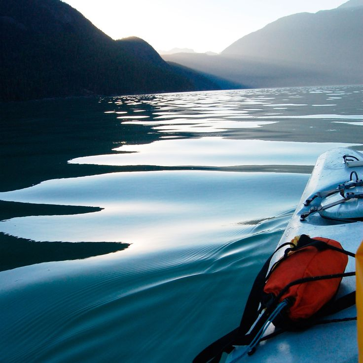 Chisel your core while going on an outdoor adventure! Take a peek behind the scenes with SHAPE magazine editor-at-large as she goes kayaking.
