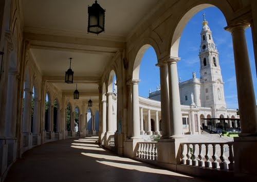 Santuário de Fátima - Fatima Shrine #Portugal #Church