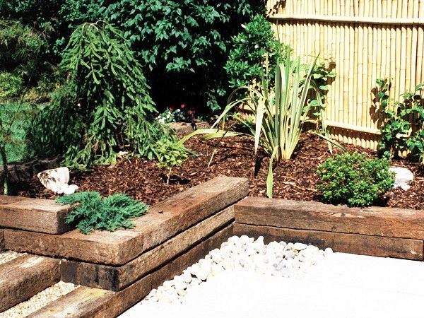 Railway sleeper idea for our backyard garden fun w for Garden designs with railway sleepers