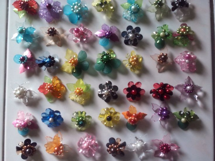 Flower bead broch