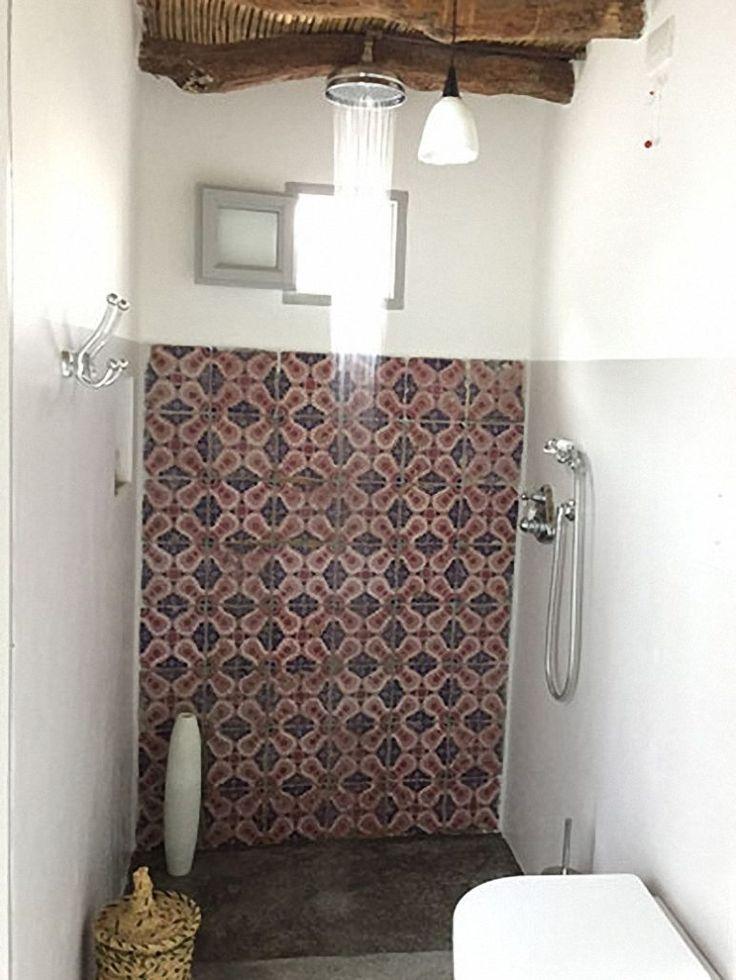 Oltre 25 fantastiche idee su piastrelle per doccia su - Finitura piastrelle bagno ...