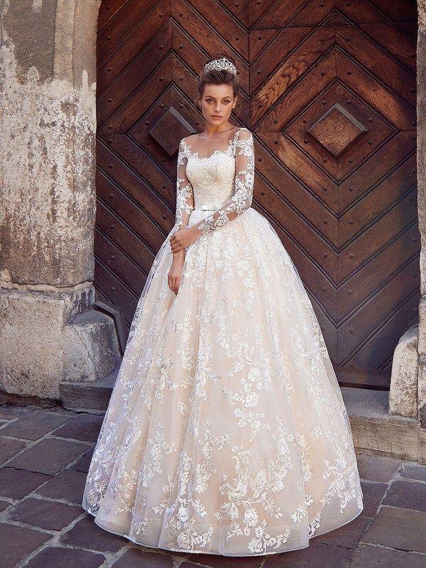 36f326d3dd5 Свадебные платья 2019-2020  топ-10 трендов свадебной моды